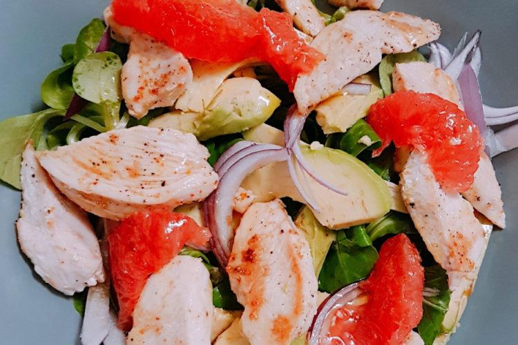 Cours cuisine salade poulet avocat pamplemousse